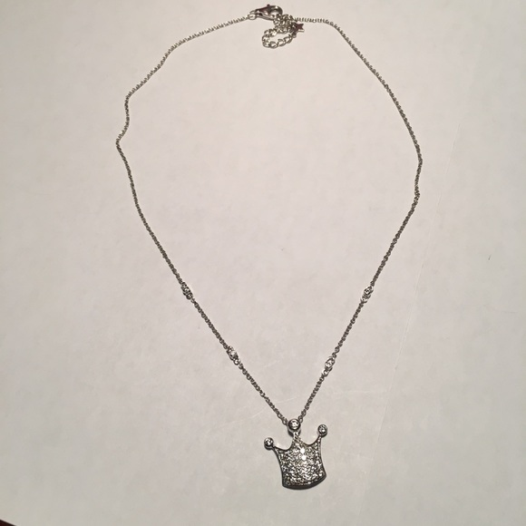 Unknown Jewelry - Silver Crown Pendant Necklace